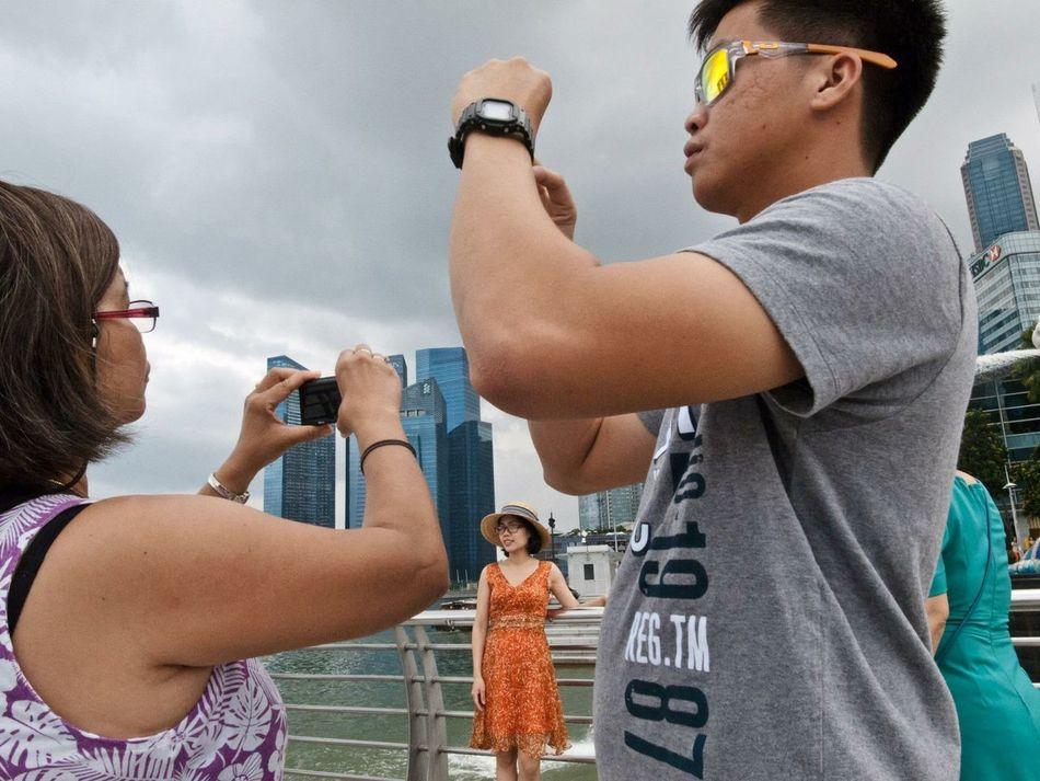 Picturing Individuality Fullerton Fullertoons The Week On Eyem Singapore Street Photography Streetphotography Everybodystreet Showcase: December