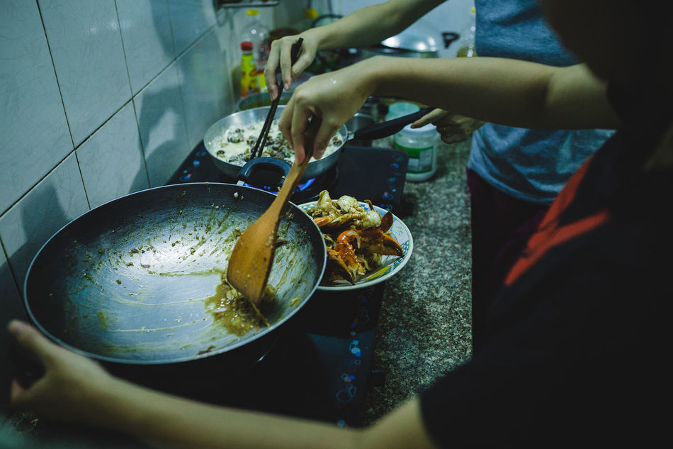 Cooking Seafood ASIA Coconut Water Cooking Crab Cuisine Cultures Eyeem Food  Family Food Food And Drink Fruit Hand Human Hand Lifestyles Seafood Snail Tasty Vietnam Vietnamese Food Women