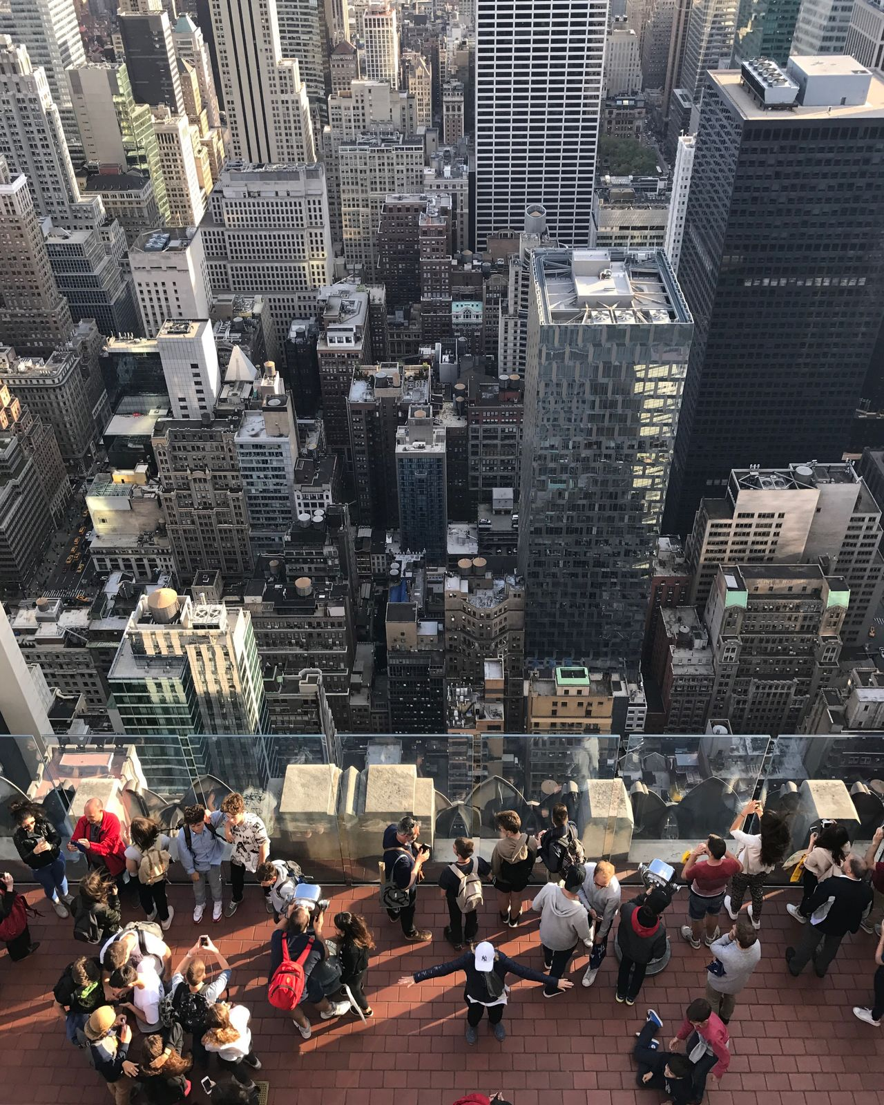 Taking Photos Of Tourists Posing Birdseyeview Topview Rockefeller Center Topoftherock View Buildings Skyscraper Architecture City Urban Manhattan NYC Newyork