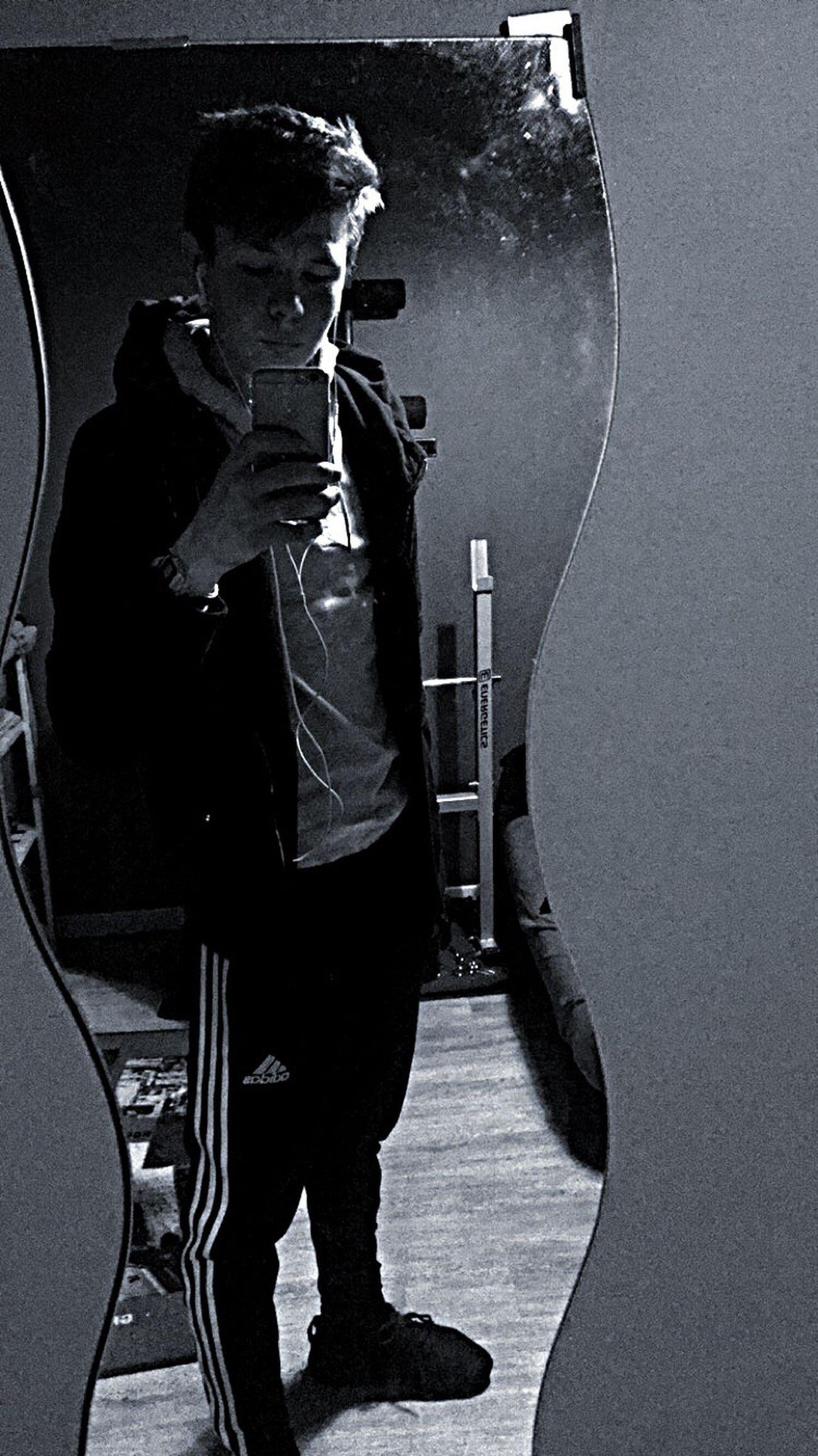 Adidas Yeezy Boost 350 HOLLISTER 18 Ans First Eyeem Photo