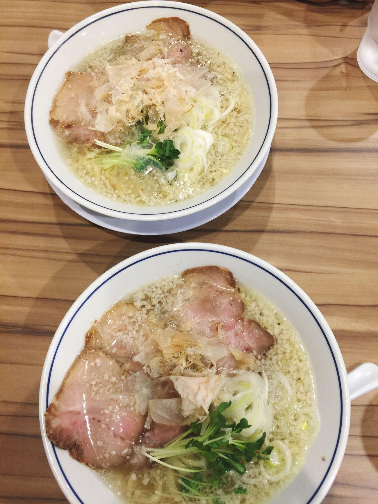 塩ラーメンサイコー.+*:゚+。.☆背脂が浮いているよ。 大阪市 Vscocam #vsco ラ女子 ラヲタ Ramen Enjoy Eating Vscocamphotos