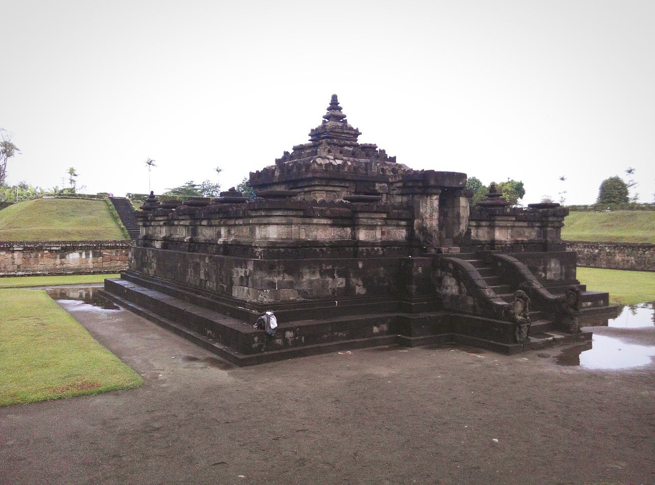 The Sambisari Temple, Sleman Yogyakarta, Indonesia. Temples Temple Building Temple Ruins Temple Square Temple - Building Temple Templephotography Temple Architecture Temple View Indonesia_photography INDONESIA Indonesian Temple