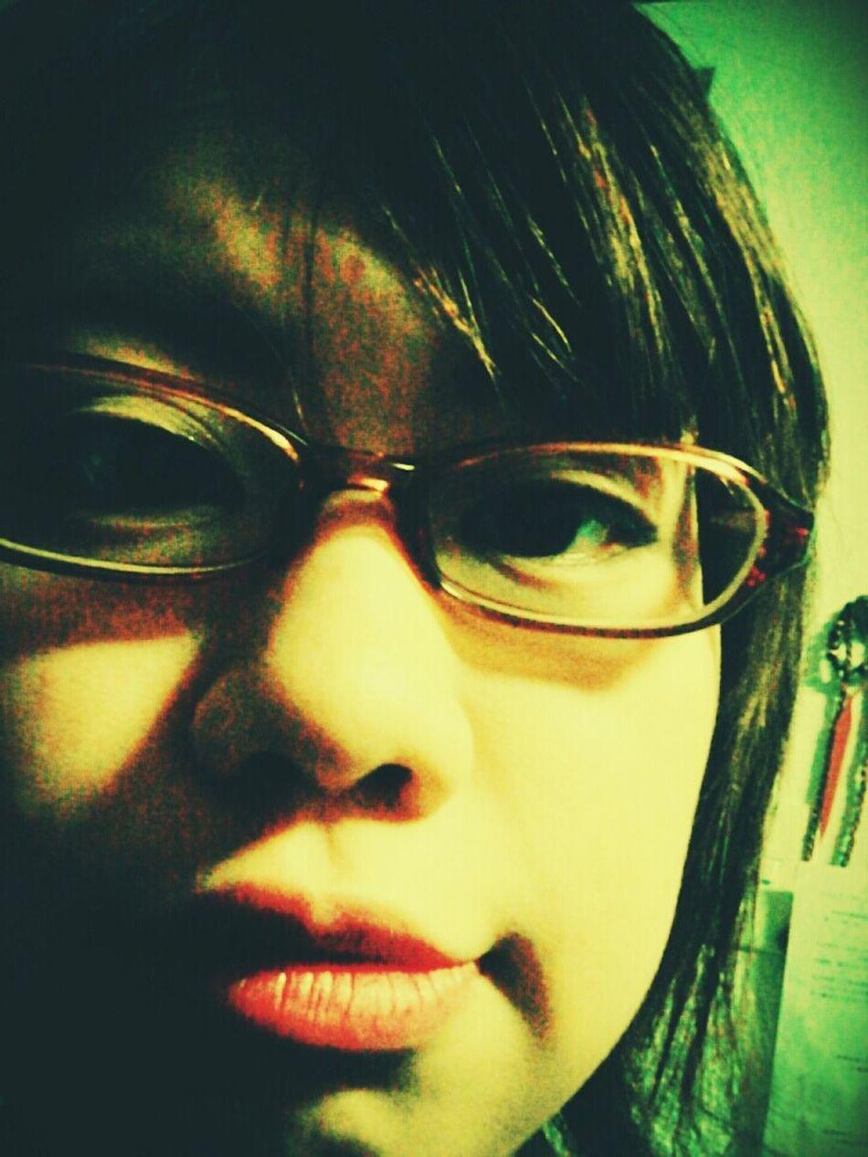 初めて買ったときのメガネ、、何年前?笑 しかもこれが一番似合うって言われた。笑 メガネZoff