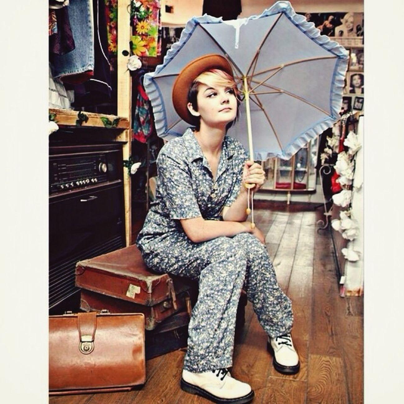 RePicture Wealth Model Vintage Girl Vintage Shoot