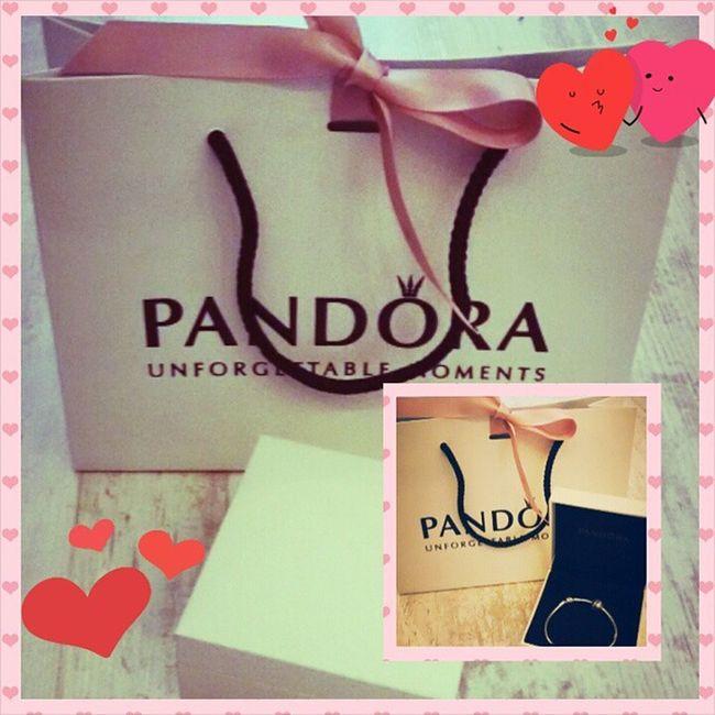 Люблю тебя @samopalkam. Люблю каждое мгновение проведенное с тобой💑💏 Спасибо за чудесное утро и сюрприз💏💑❤❤❤❤❤❤❤❤Valentine Valentineday деньвсехвлюбленных 14февраля pandoraloveloveyou