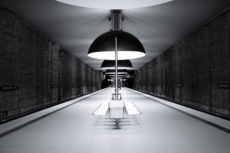 Westfriedhof München Atmosphere Trainstation Underground Station  Tracks Urbanphotography Subway Indoors  Ceiling Illuminated Built Structure Architecture No People