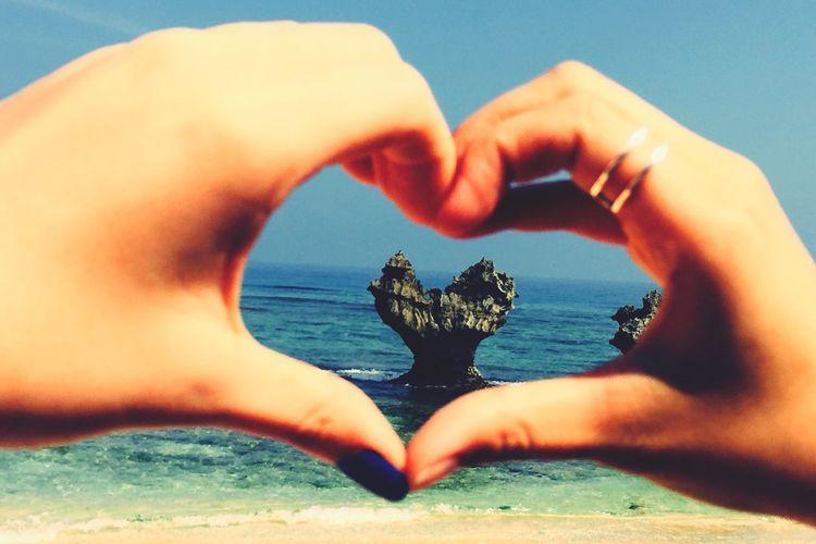 Japan Okinawa Nago Hartrock Beach Sea Human Hand Nature Human Body Part Outdoors Sand Day Water Follow4follow