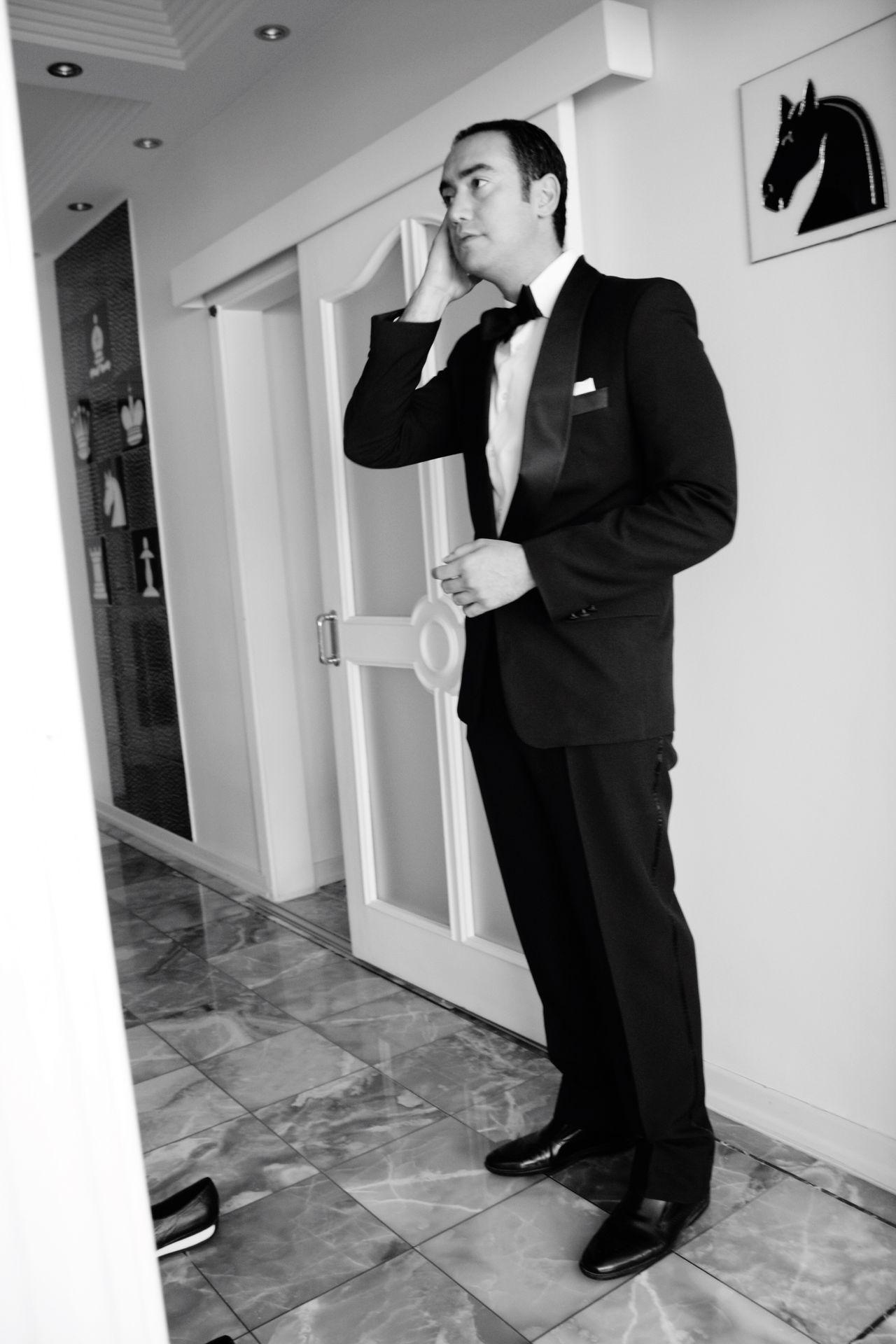 Blackandwhite Saturday Monochrome Eye4photography  Eyeemphotography Selfportrait Tuxedo Eye4black&white  Wedding Check This Out Hi! Enjoying Life Memories TBT  Love People EyeEm