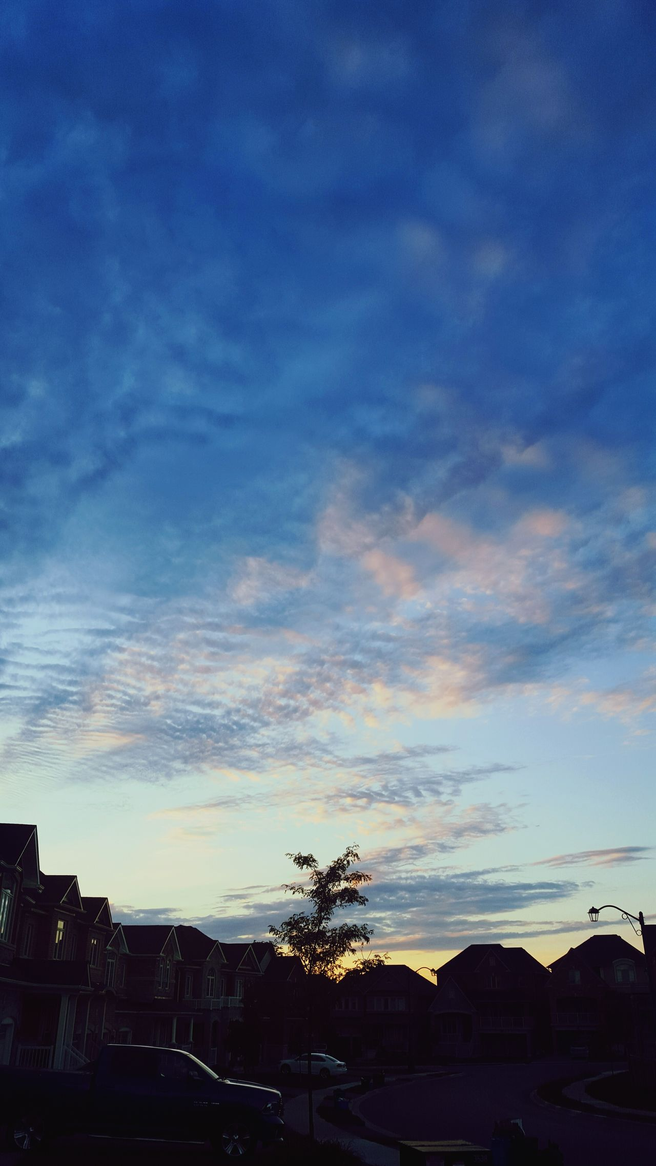 Samsungphotography Samsung Galaxy S6 S6 Quality Android Android Photography Android Quality Sunset Clouds Neibourhood Houses Cars Contrast Lovely Rippled Ripple Effect