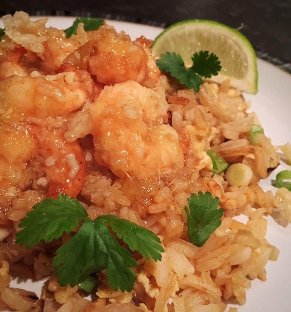 Crispy Prawns with Lemon Sauce... Prawns Fried Rice Sticky Sauce Lemon Food Food Porn Thai Food Food Photography Food Blogger Foodblogday