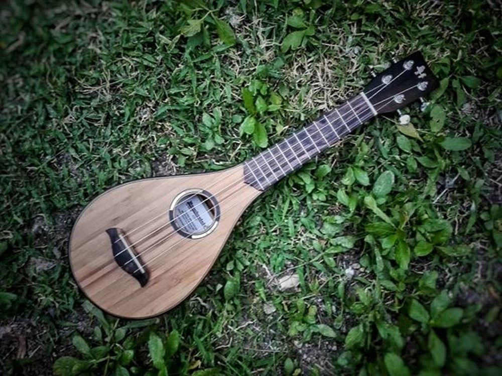 """Bamboolele"" Soprano Teardrop Custom Made for @gjpal Choosehappy . . . . . . Huniukuleles Handcrafted Bamboolele Sustainable Organic Vegan Passion Ecofriendly Worldclass Localbrand Tatakcebu Artisan Pinoypride Garbobisaya"