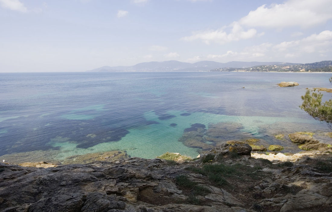 mediterranean seascape - french riviera Bay Beach Beauty In Nature Cliff Coastline Côte D'Azur France Gigaro Horizon Over Water Landscape Landscape_Collection Landscape_photography Mediterranean Sea Nature No People Panorama Provence Rock Rocky Coastline Scenics Sea Seascape Travel Destinations Turquoise Water
