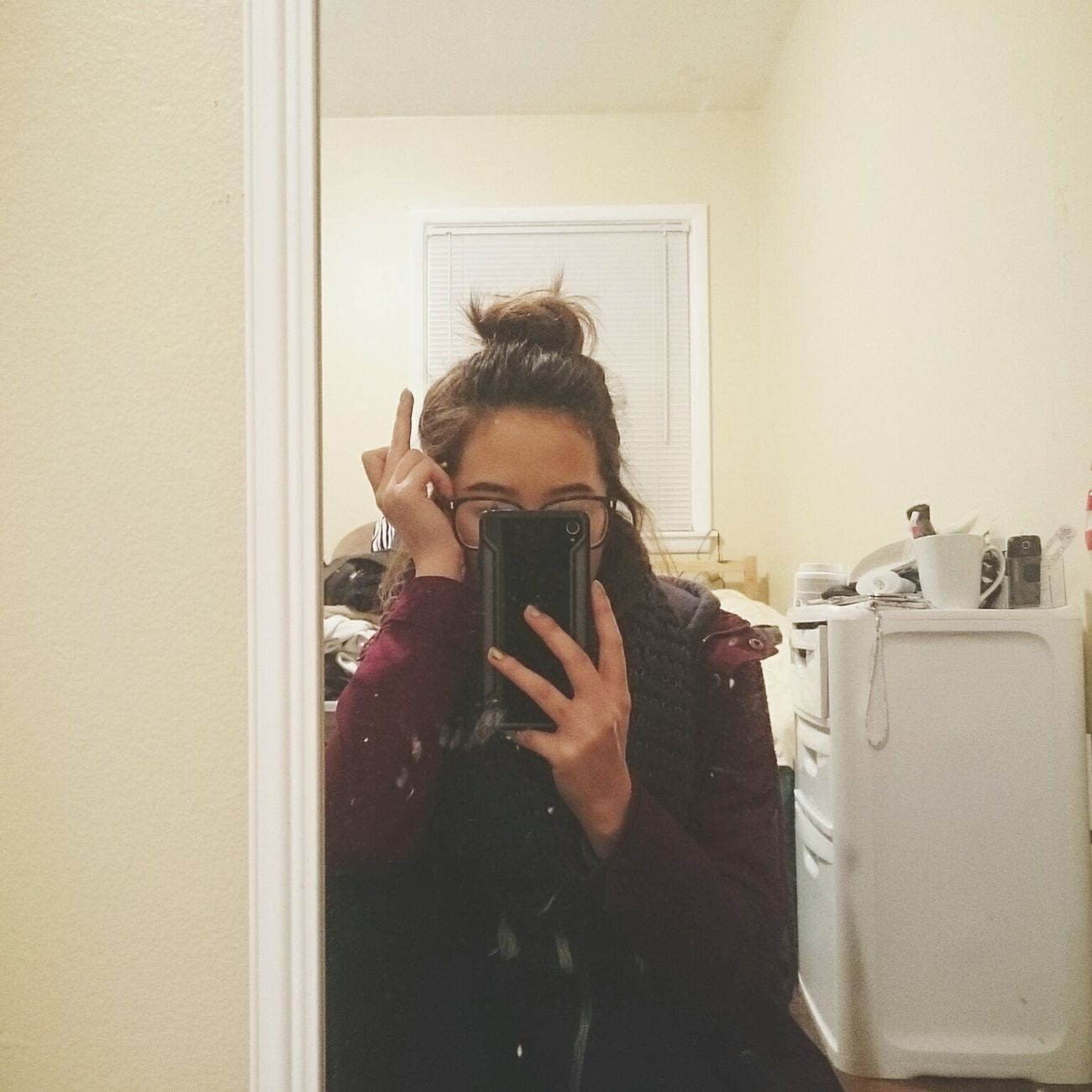 This isn't very professional & i havent been on here in the longest, but sometimes life has you like this . Middle Fingers Up Selfıe Hairbun
