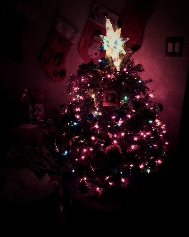 Christmas Around The World Our Christmas Tree ;)  Reedley ca. ..