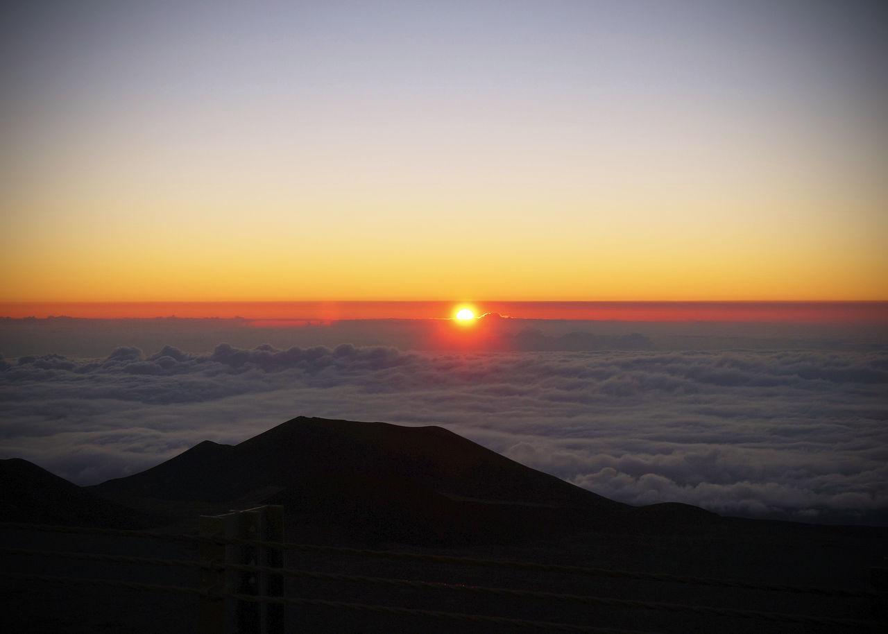 2013 Beauty In Nature Cloud Hawaii HAWAII Island Island Of Hawai Island Of Hawaii Landscape Mauna Kea Mountain Nature Sanrise Scenics Sea Of Cloud Sky Sun Sunset Tour Tourism サンライズ ハワイ ハワイ島 マウナケア マウナケア山 朝日