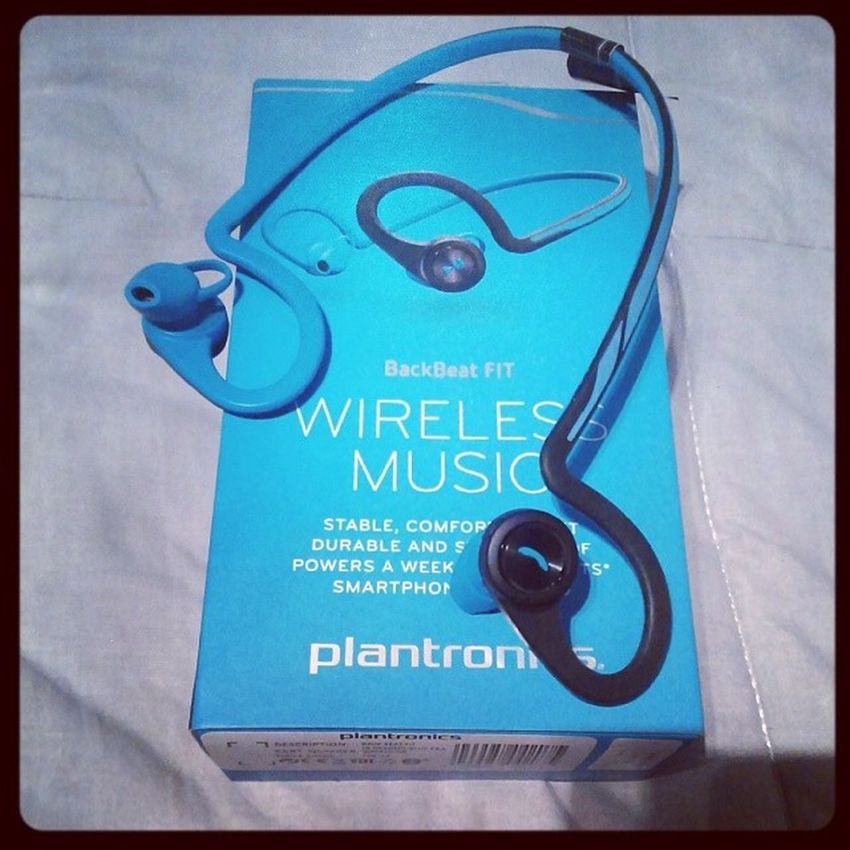 They already make the best Bluetooth headset, stay tuned for my impressions on music #MWC14 #Plantronics Plantronics Mwc14