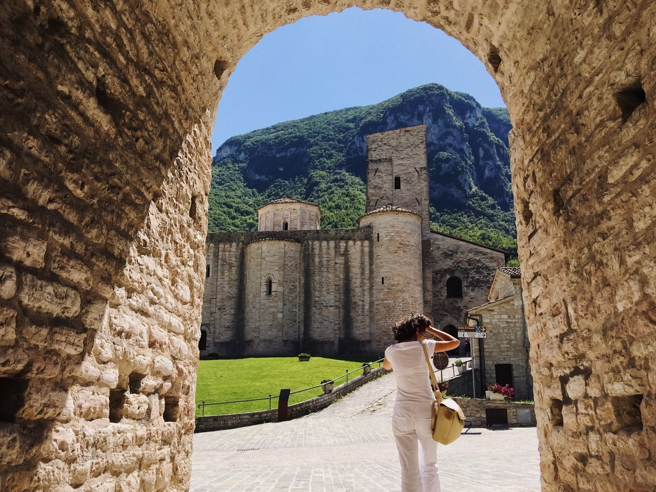 Framed story... Architecture Built Structure History Old Ruin Ancient Arch Real People Building Exterior Travel Destinations Day Tourism Ancient Civilization Leisure Activity Travel Lifestyles Men Women Sunlight Outdoors Frame Summer Mountain Details Of My Life Abbey Church