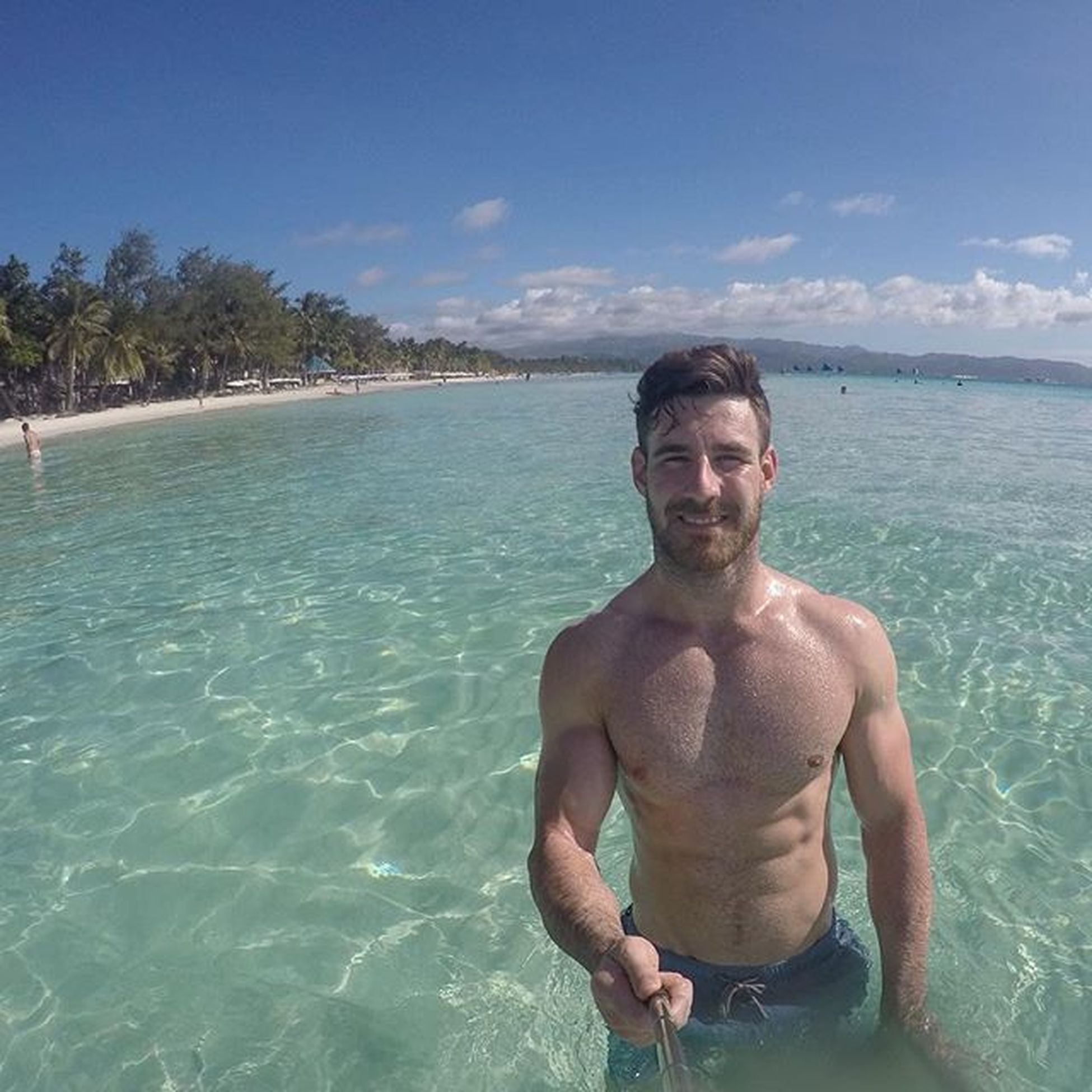 Boracay living the island life dream! Really need to hit a bit of exercise this evening so I'm going to get a bit of push in.... - close grip press ups 4 x 15 - lateral raises with resistance band 4 x 15 - wide grip press ups, feet on the bed 4 x 15 - front raises with band 4 x 15 (Everything very controlled) _ After being here 2 days Iv decided I probably won't worry about HIIT sessions too much as I won't be consuming enough calories to really put on fat! So I just want to give me muscles a decent workout, pumping some blood through them so that they know they're still needed! Philippines Islandlife Bodyweighttraining