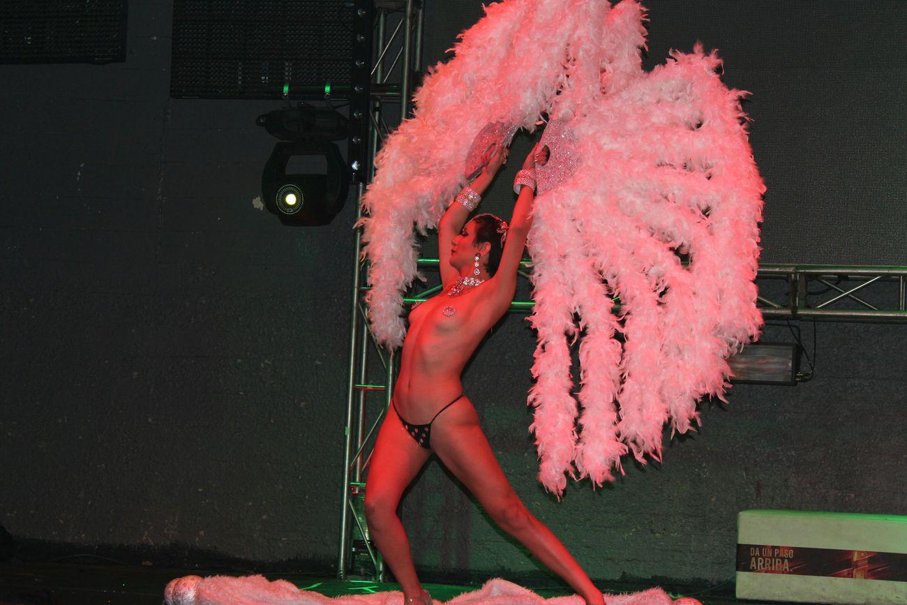 Burlesque Destape Blondie