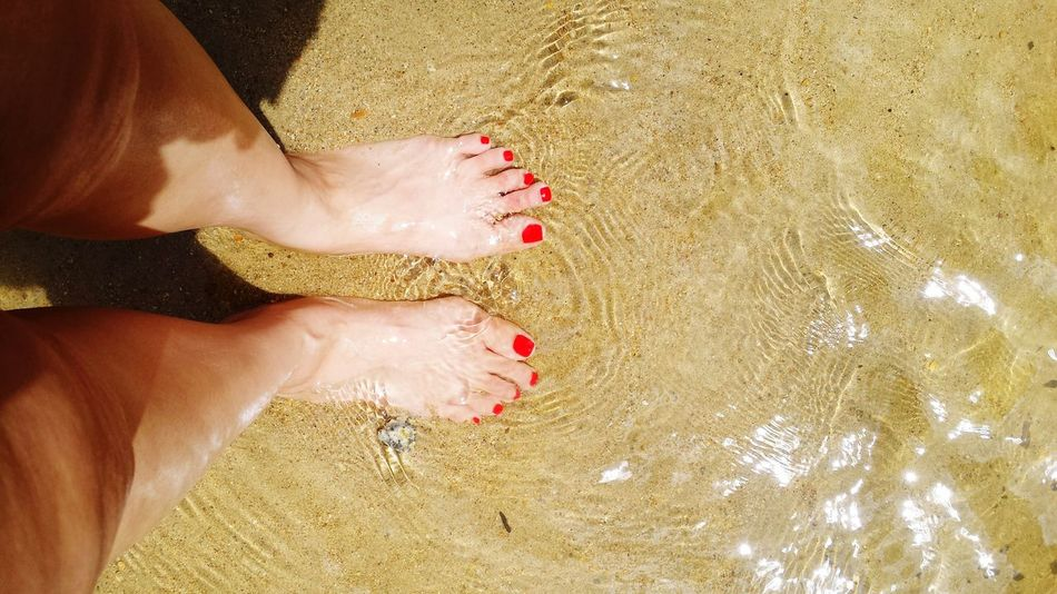 Sun Outdoors Outdoor Outdoor Photography Red Toes Sunny Sunny Day Water Brown Sand River