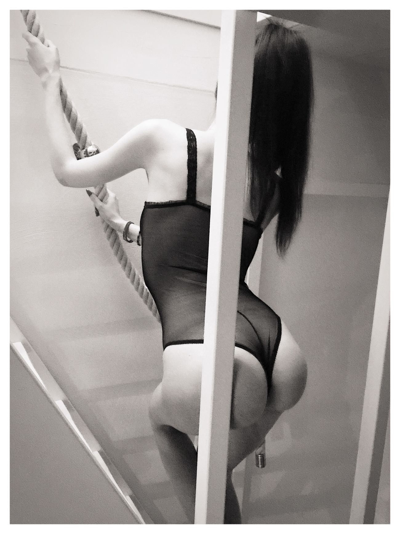 Lina Black And White Sculpting A Perfect Body Stairs Seduction