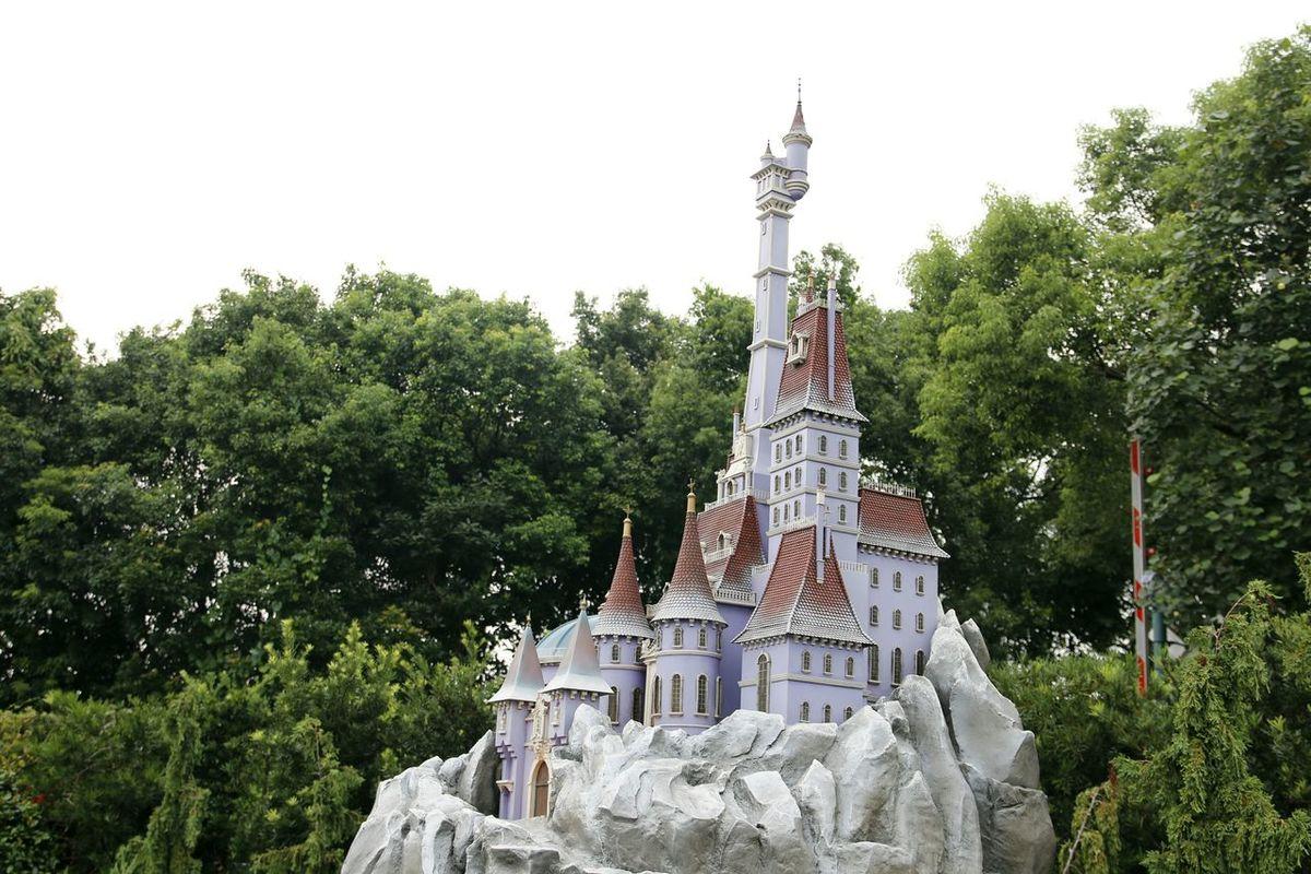 Disney Land Disneyland Fairytales & Dreams DisneyLandHongKong Disneyland<3 Hong Kong 香港 Disneylandresort Fairytale  Disney Hong Kong Disneyland HongKongDisneyland HongKong Beauty And The Beast La Belle Et La Bete La Belle Et La Bete...