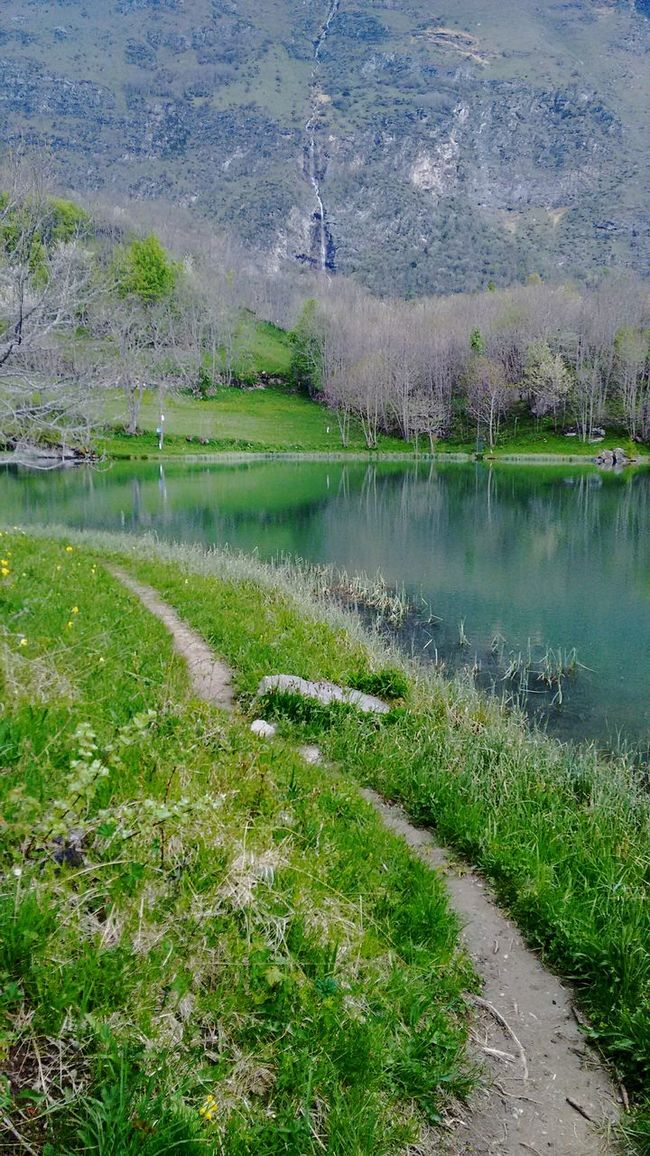 Ferrera moncenisio Moncenisio Ferrera Piemonte Piedmont Mountain Lake View Lake Hello World ✌ Colors Italy❤️ Photooftheday My Point Of View Hello ❤ Lakeshore Relax Relaxing Time Hiking Cool Peace And Quiet Peaceful Eye4photography  Hello World