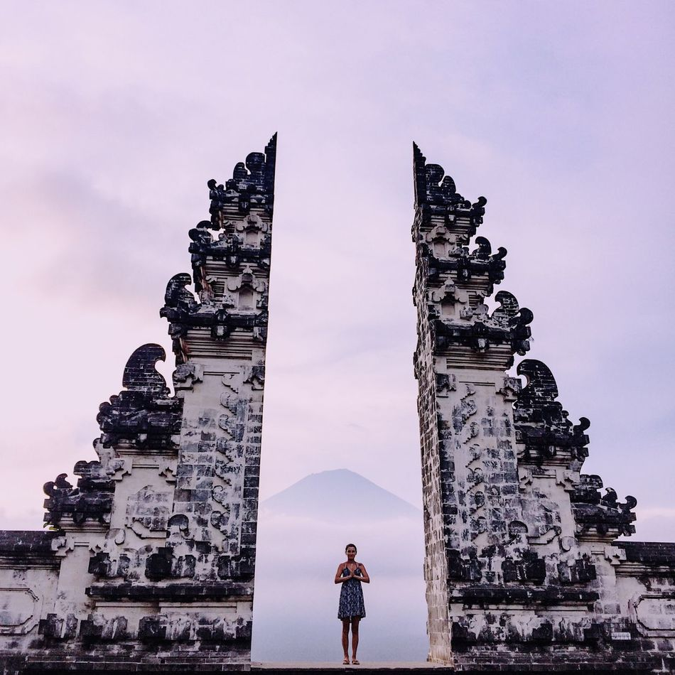 Beautiful stock photos of wolken, 25-29 Years, Ancient, Architecture, Art