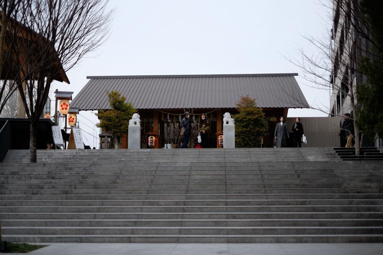 赤城神社 Architecture Building Building Exterior Fujifilm Fujifilm X-E2 Fujifilm_xseries Japan Japan Photography Kagurazaka Religion Shrine Stairs Tokyo Xf35 とうk 石段 神楽坂 神社 赤城神社