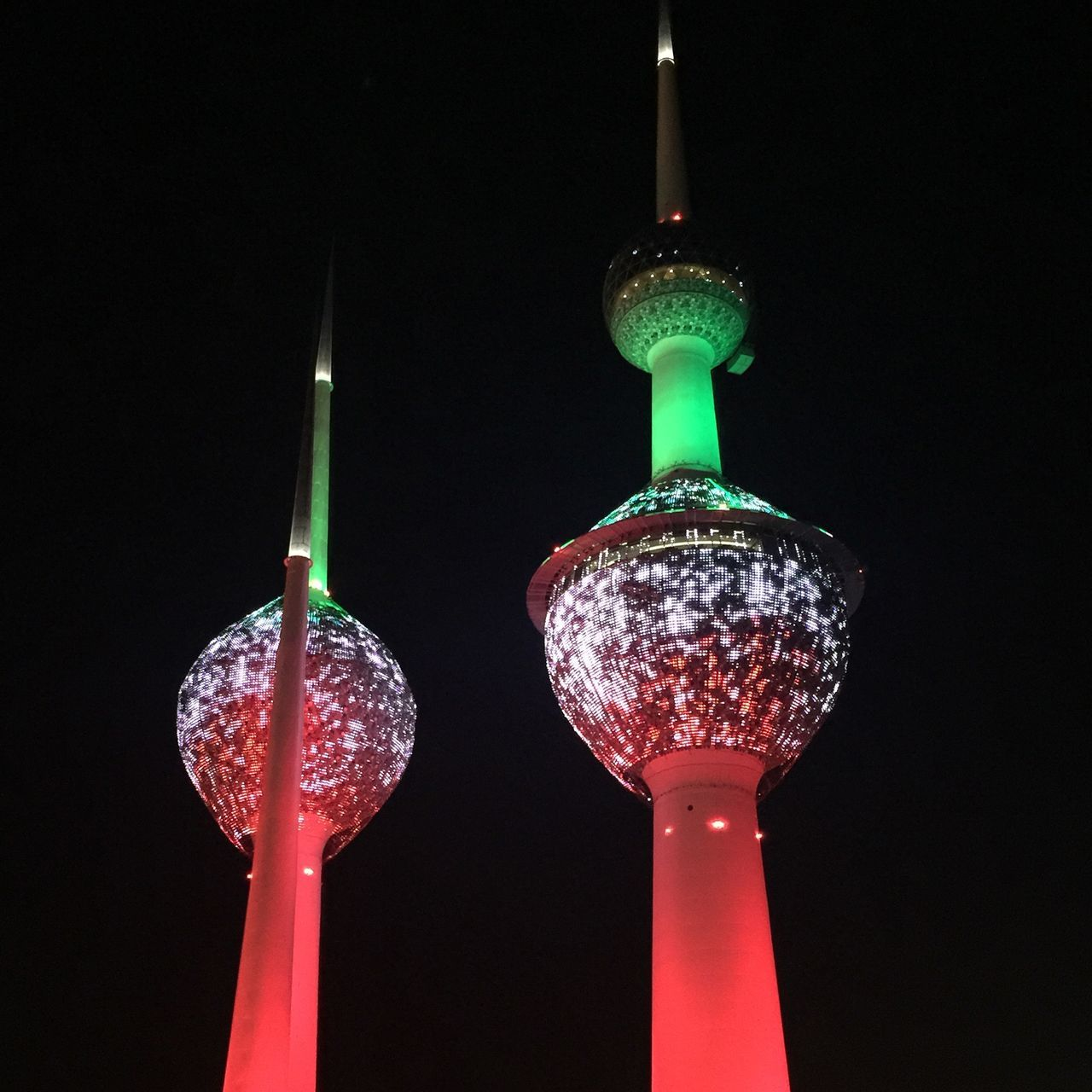 Kuwait Towers Glowing Shiny Illuminated Inspiration Light Effect Travel Destinations Night Photography HuaweiP9