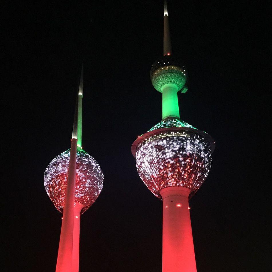 Kuwait Towers Glowing Shiny Illuminated Inspiration Light Effect Travel Destinations Night Photography HuaweiP9