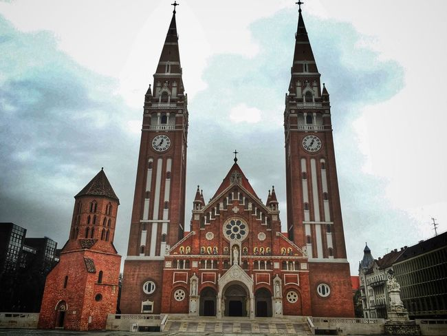 Iphone6s Iphonephotography IPhoneography Szeged City Church Monday The Architect - 2016 EyeEm Awards