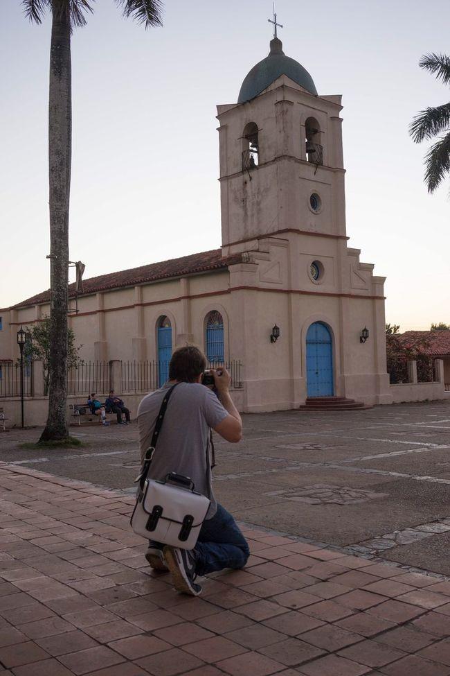 Shooting streets in Cuba Leicam6 Camerabag Cuba
