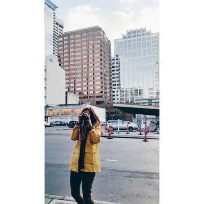 Yellow jacket photog || Photog Seattle