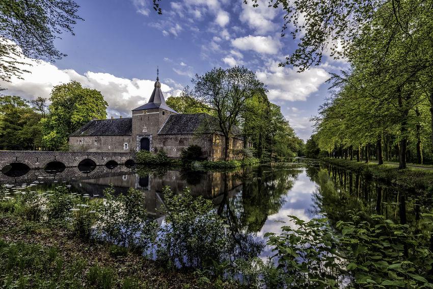 Arcen Castle Kasteeltuinen Limburg Province Netherlands Reflection Moat Spring Flowers Water