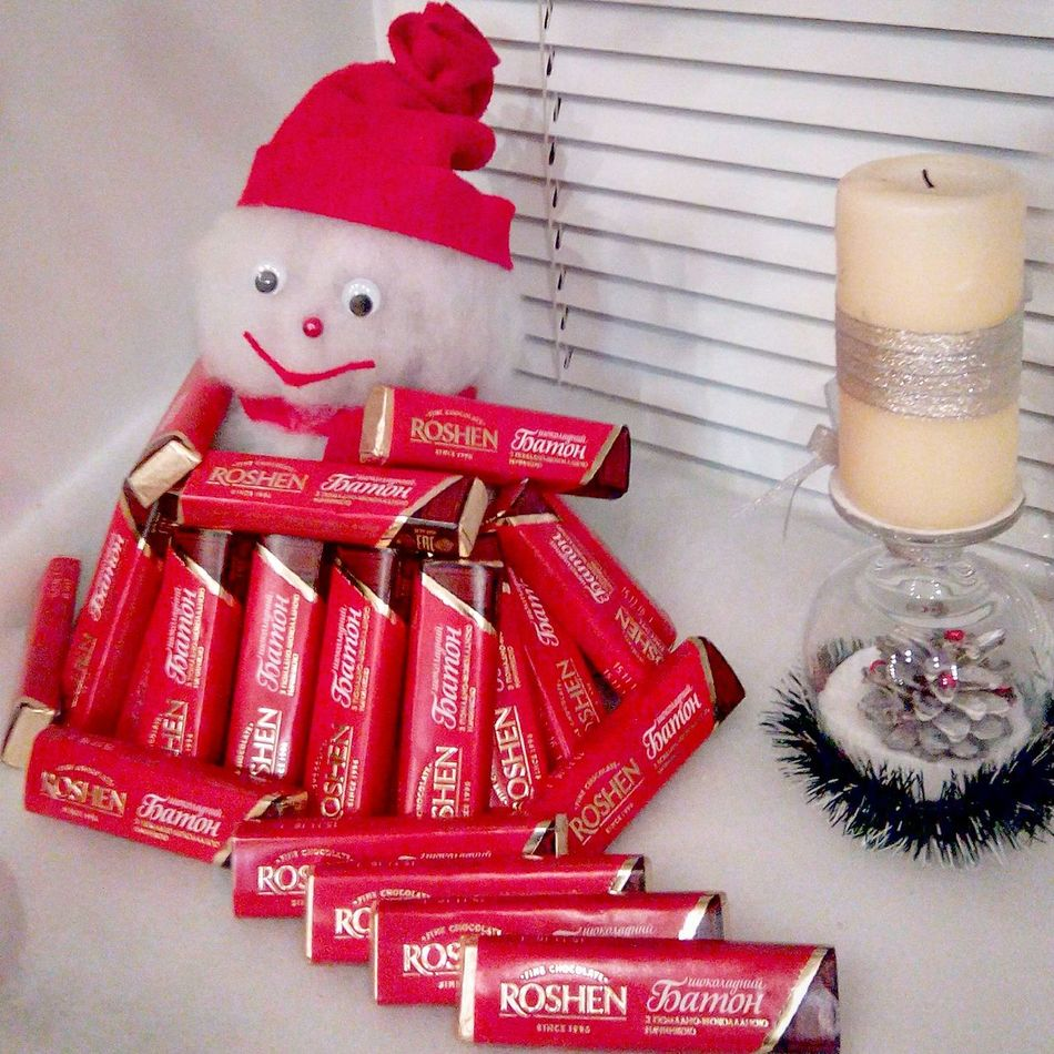 Roshen Chocolate♡ Sweets Snowman⛄ Happytime Good Times Happy Yammmm😋 Ukraine Yammy!!  Ilikethis Goodfood Goodmood☀️