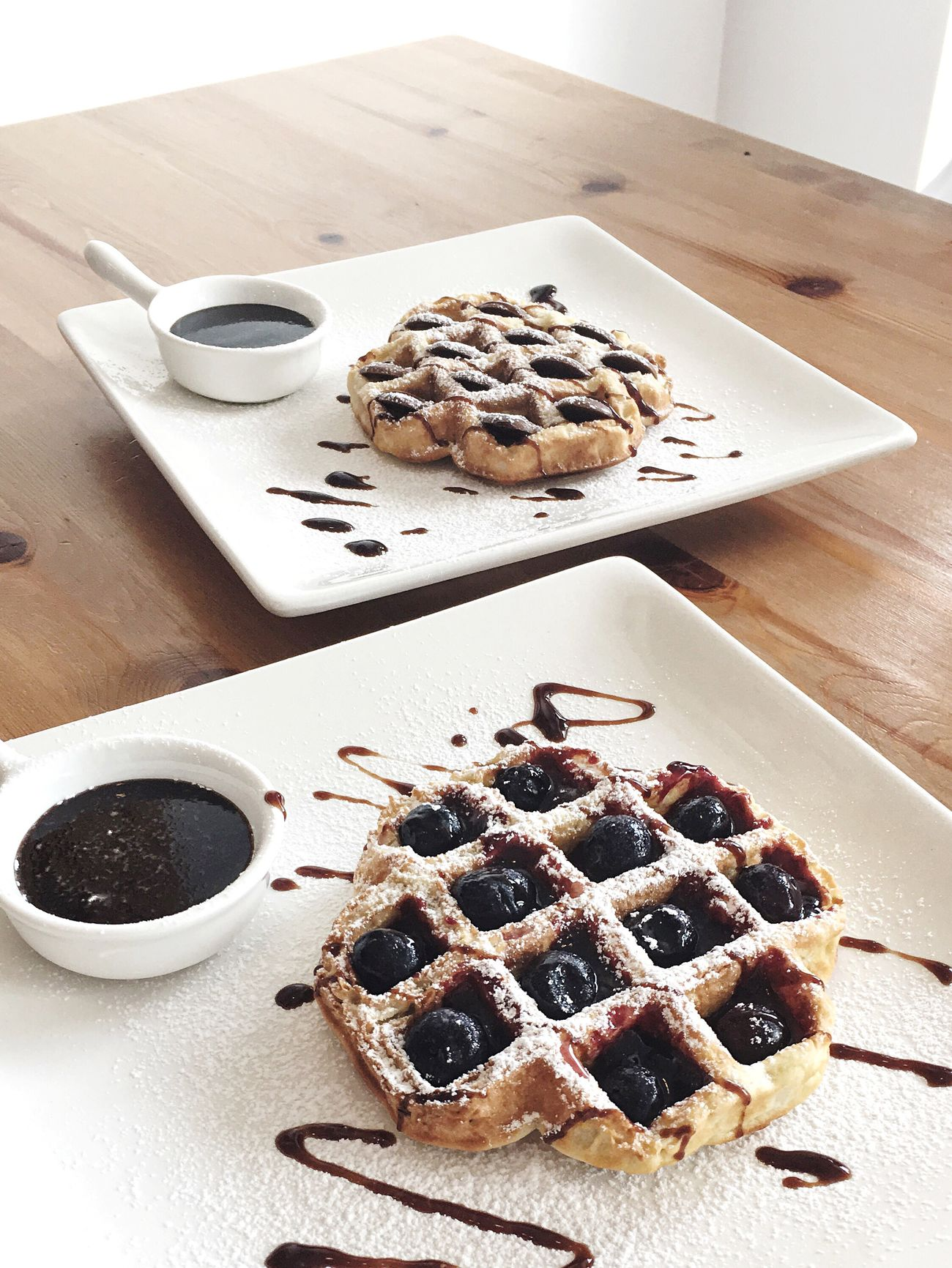 Waffles Dessert Food Yummy Auckland NZ Cafe Lunch Icing Sugar Blueberries Chocolate Buttons Sweet Food Spring Chocolate Sauce White White Plate Bright Light