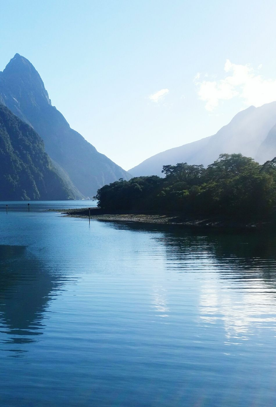 First Eyeem Photo New Zealand Lake View Mountains Fiordland Milford Sound Natural Beauty