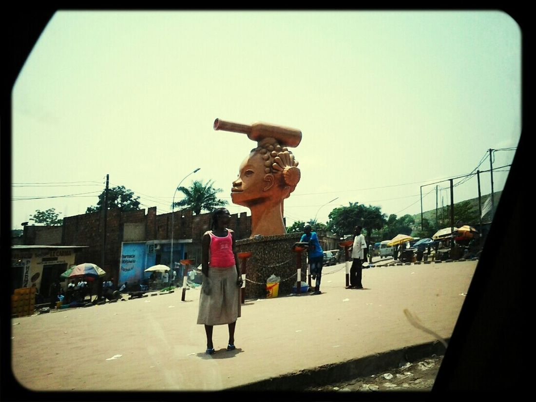 Streetphotography People Monuments Kinshasa
