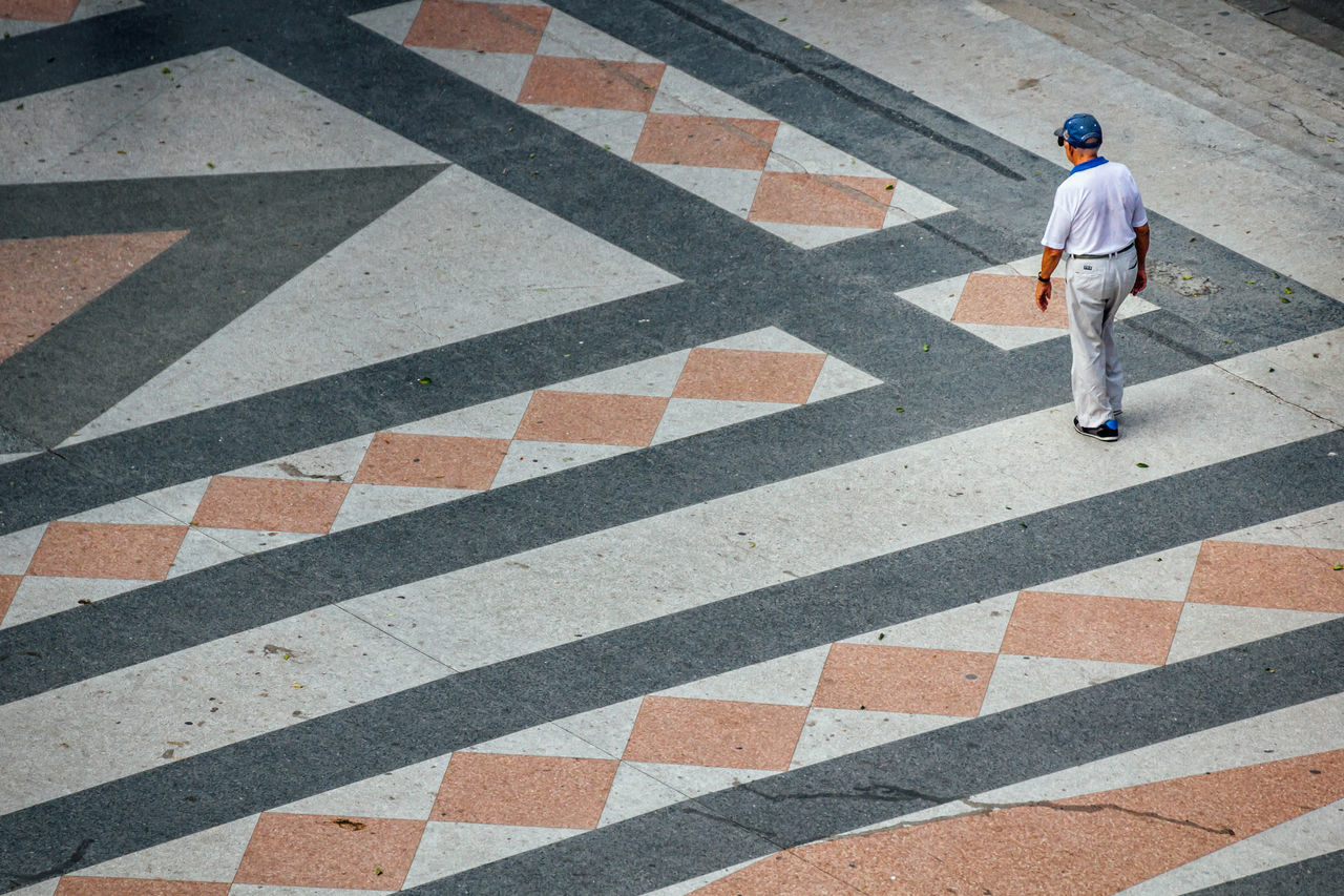 Adult Art Is Everywhere Break The Mold Cuba Collection Cuban Full Length Geometric Shape Getting Inspired High Angle View One Man Only One Person Outdoors Senior Adult Standing TCPM Walking Walking Alone...