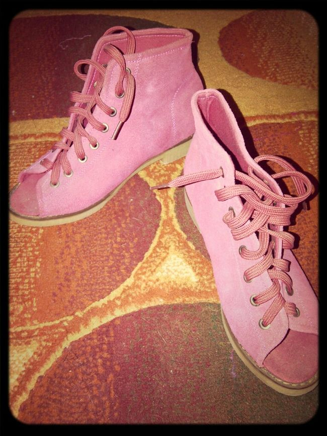 I Love My Shoes : )