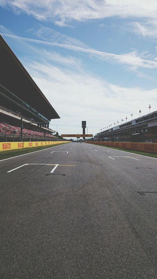 Barcelona Montmeló SPAIN Grand Prix  Formula 1 Race Driving Circuit De Catalunya Start