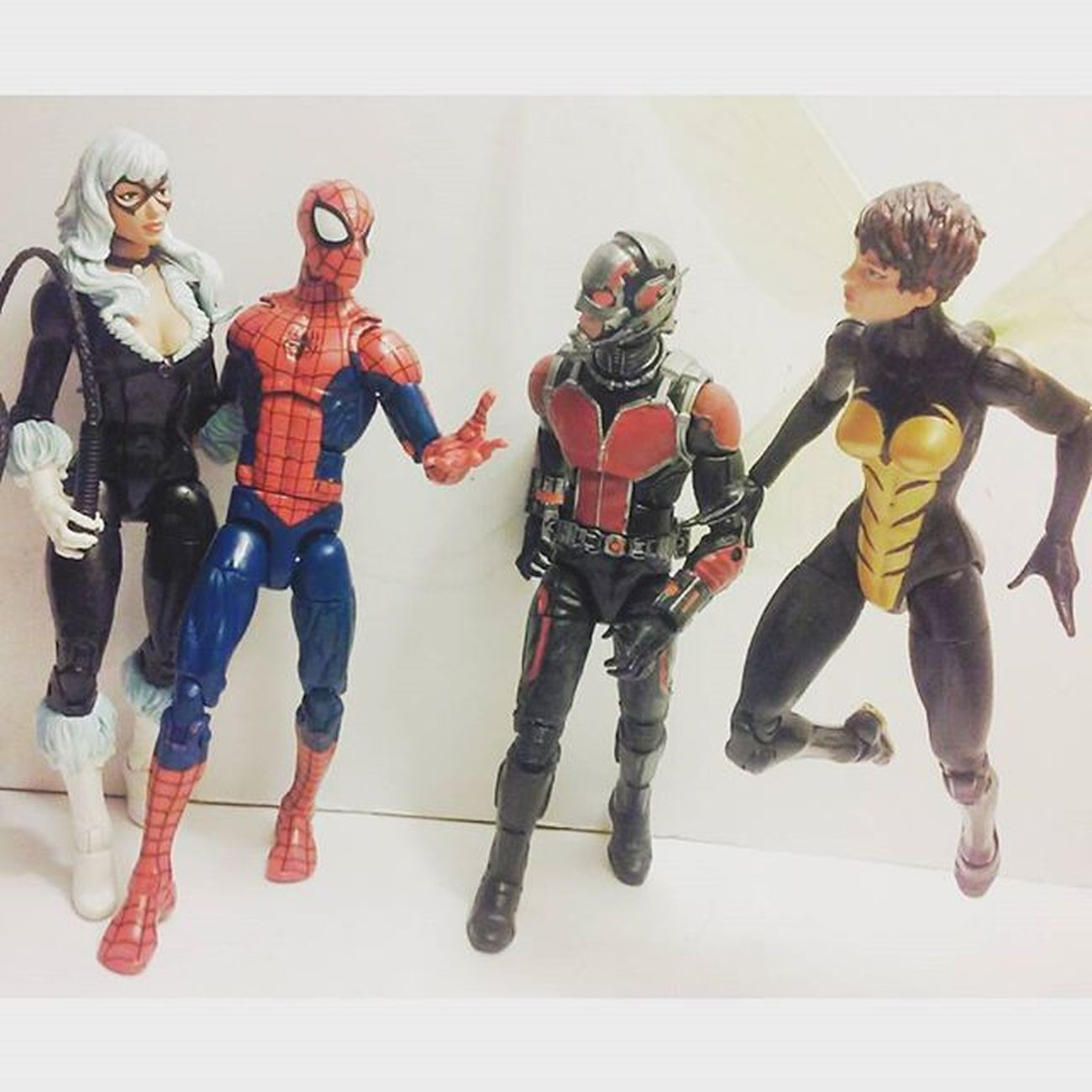 Spidey and antman double dating! 😄 Marvellegends Infiniteseries Wasp Antman Disney Hopevandyne BLackCat Feliciahardy Figurecollection Figures Collection Collector Articulatedcomicbook ACBA Actiontoyart Toyslagram Toysrmydrug Feliciahardy Scottlang Nerd Doubledate Comiccouples Relationships Nerd Hasbro Mcu geek amazingspiderman spidey tcb_peekaboo Spiderman toycommunity