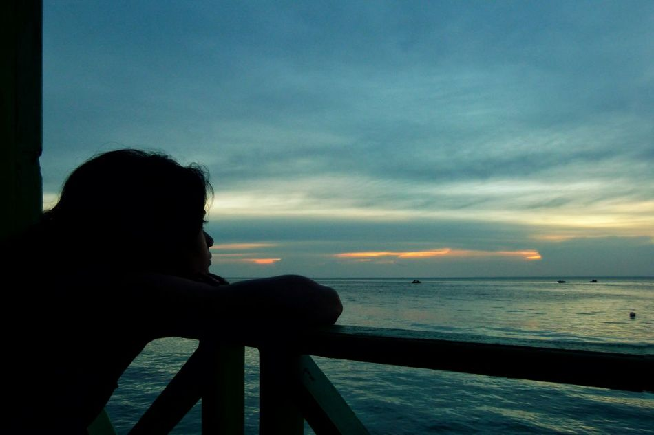 Maratua Island INDONESIA Evening Sky Ocean Woman Staring Showcase April Travel Landscapes Nature Traveling People People Watching Thoughtful Sunset The Essence Of Summer People Of The Oceans Girl Power Women Around The World Long Goodbye