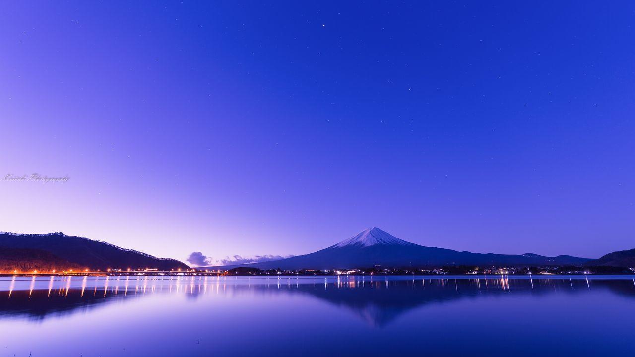 Beauty In Nature Reflection Blue Mountain Lake Landscape Japan Photos 富士山大好き 富士山 Mt. Fuji Sunrise & Sunset 河口湖 Winter