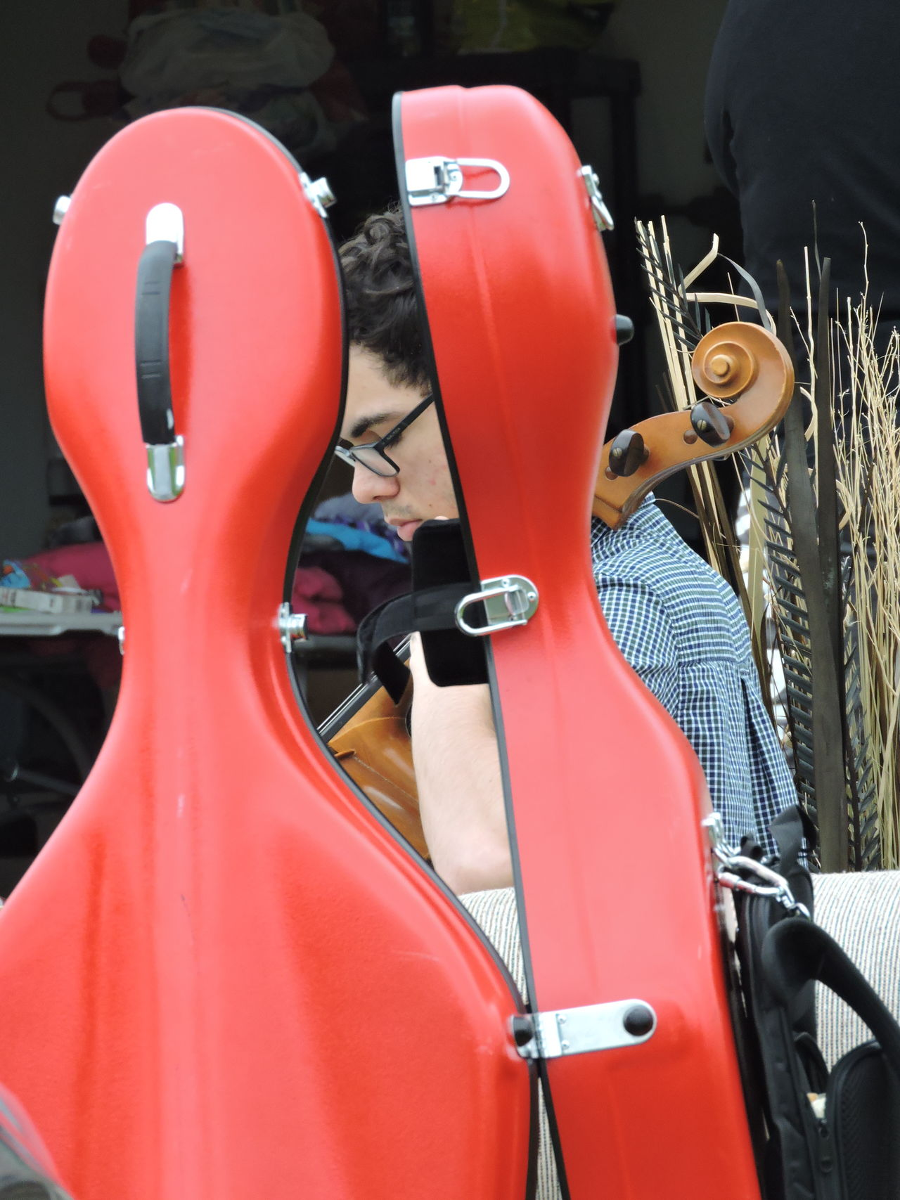 Cello♡ Day Garage Sale Live Music Men Muscial Instrument One Person Only Outdoors Real People Togetherness