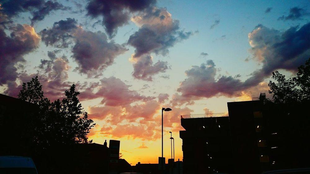 Hanging Out Town Beautiful Sunset♥♥Good Evening EyeEm Relaxing Enjoying Life Awesome_shots Happiness