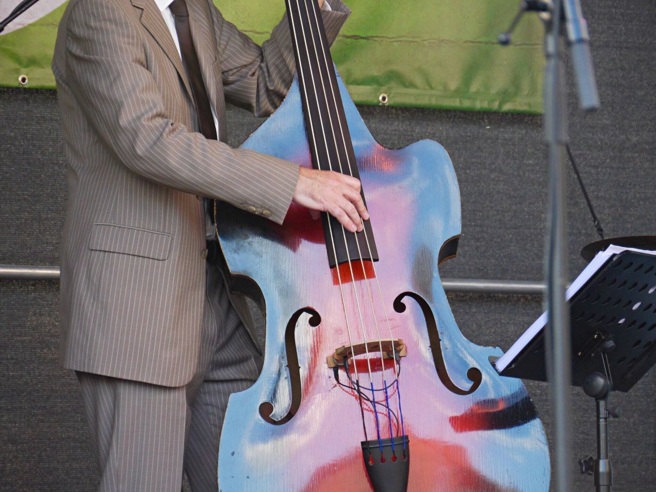Rock'n'Roll Weekend the bass player Music Dance Fifties & Sixties Fun Eye4photography  Tadaa Community