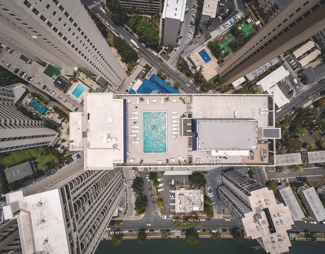 Perfect way to start the weekend! Enjoying Life Check This Out Hello World 3drsolo Drone  Dronephotography Aerial View High Angle View City City Life Pool Photography The Week On EyeEm Showcase July A Bird's Eye View The Architect - 2017 EyeEm Awards Neighborhood Map