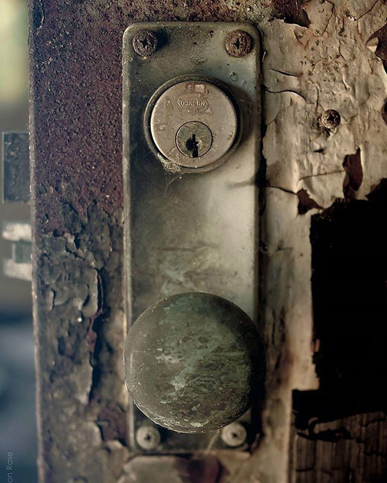 ©Greyson Rose Photography Phillyphotographer Sonyalpha Sonyphotography Sony Dslrphotography Follow Followme Greysonrosephotography 35mm Urbanexploration Urbanexplorer Letchworthvillage Abandoned Abandonedphotography